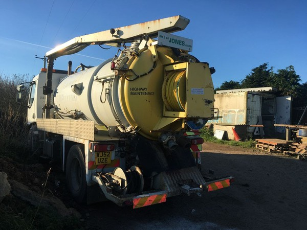 Vacuum tanker truck for sale uk