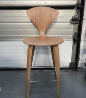 bar stool for sale