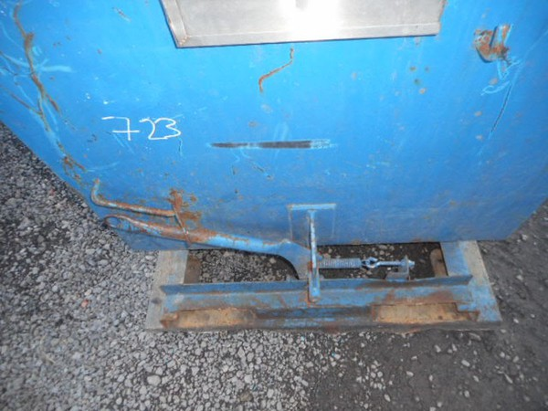 Used tipping skip