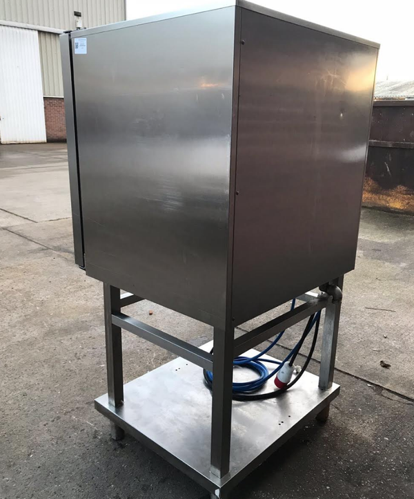 Secondhand steam oven