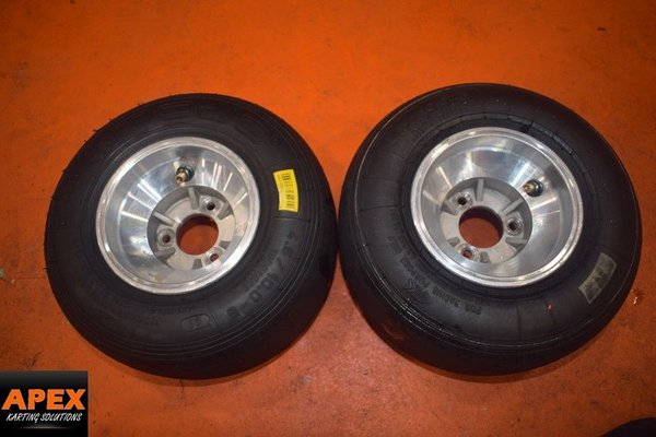 Jet Front Rims With Mojo D1 Tyres