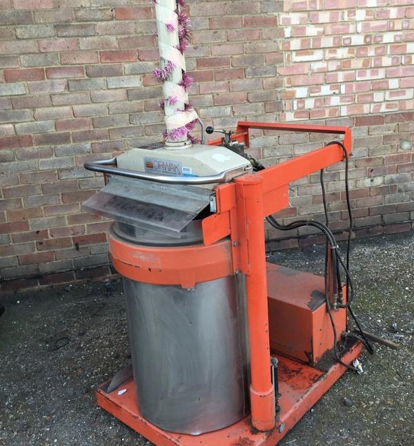 Commercial waste compressor