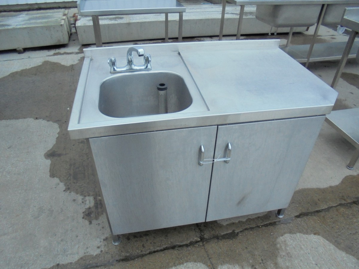 Secondhand Catering Equipment | Stainless steel tables (1.01m to 2m ...