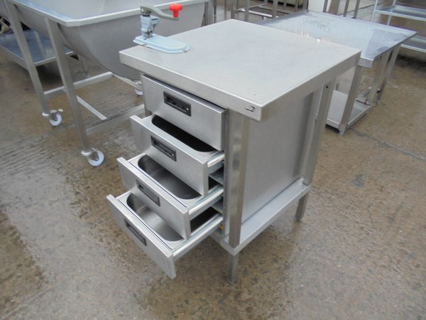 Commercial table with draws