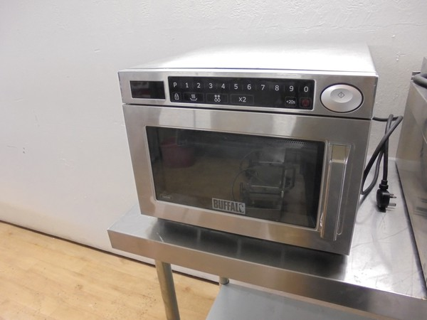 Programmable microwave