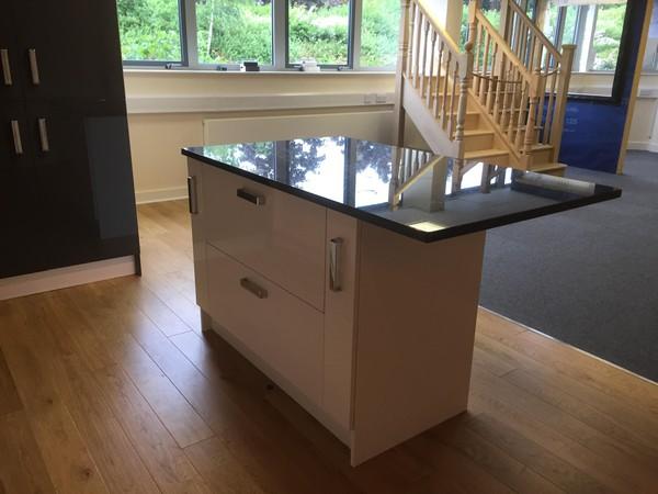Central island kitchen unit