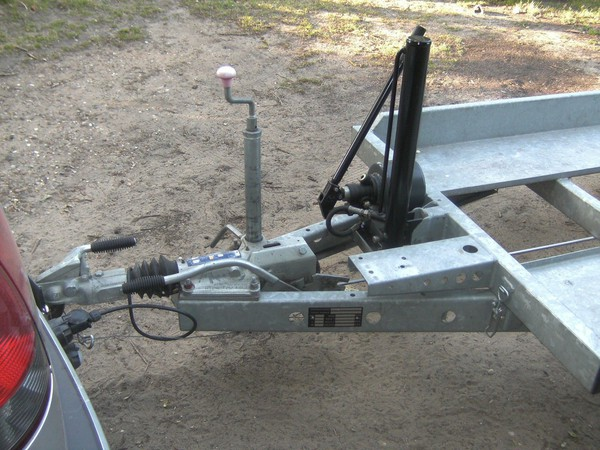 Secondhand tiltbed hydraulic trailer