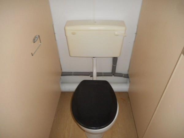 anti vandal toilet cabin