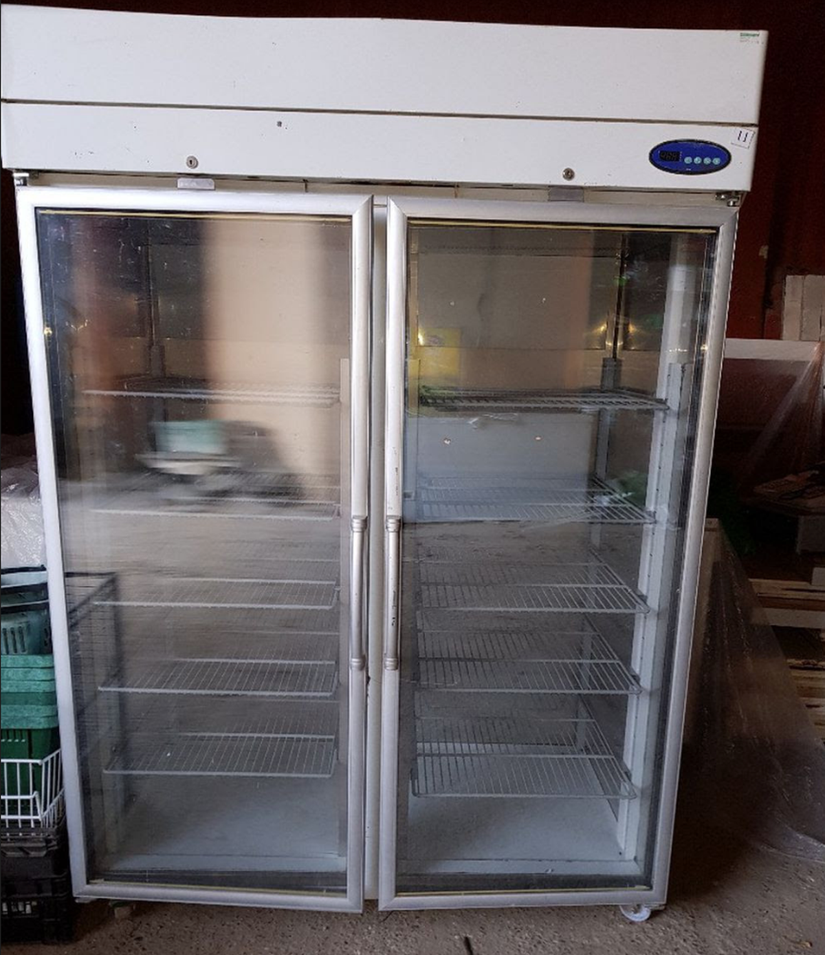 Secondhand Shop Equipment Display Freezers Upright Double Glass