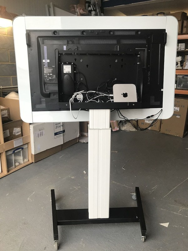 Used tv and mac combo