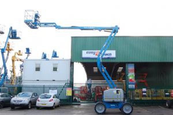Blue Genie Z45/25J 4X4 Diesel boom lift