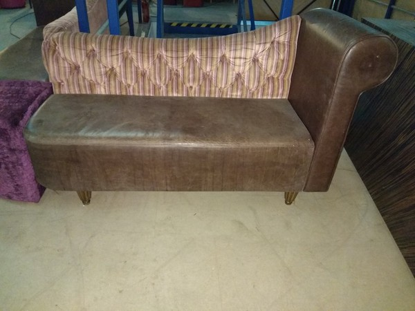 Right Chaise Longue Style Sofa
