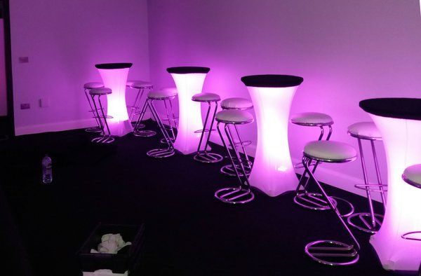illuminated poseur tables