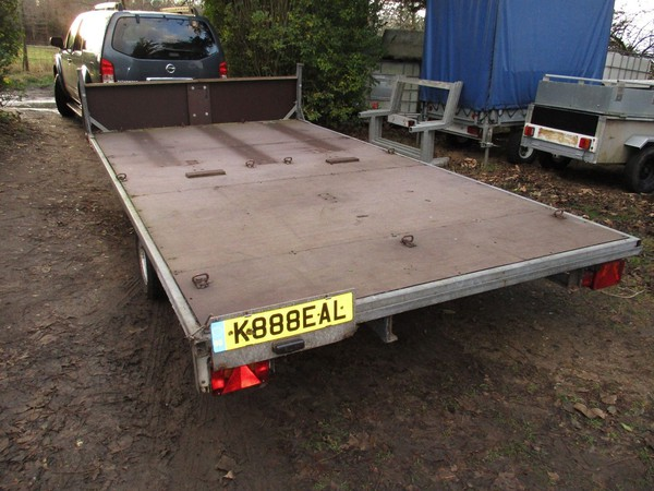 Used flat bed trailer