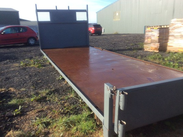 Flatbed body for sale