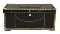 Regency covered trunk