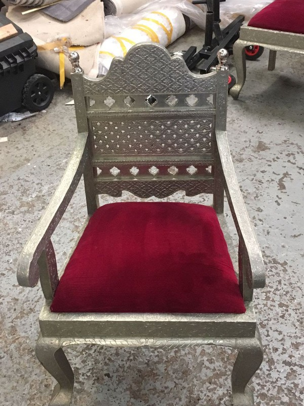 Secondhand thrones