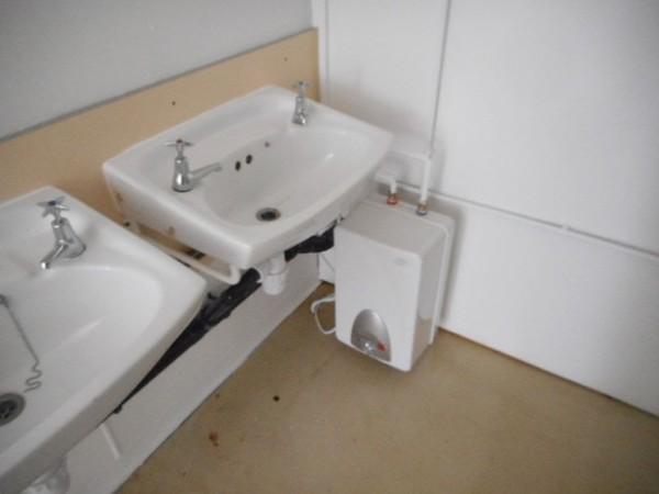 Anti vandal toilet building For sale