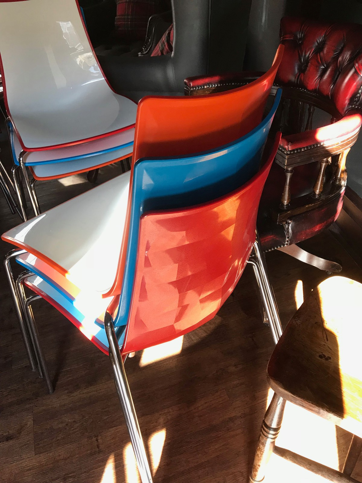 Secondhand Chairs And Tables Cafe Or Bistro Chairs 35x