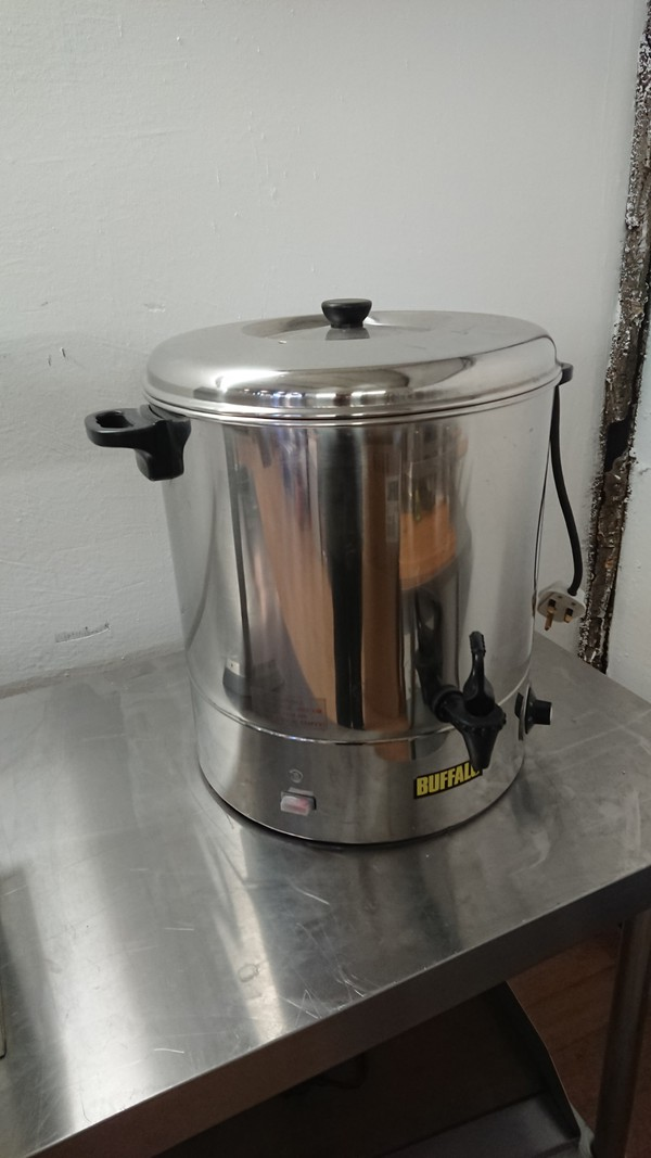 Used Buffalo CC192 Stainless Steel Manual Fill Water Boiler	(6300)