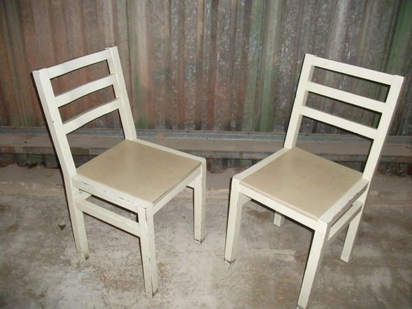 Chic chairs for sale
