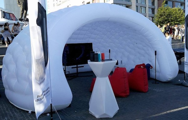 Inflatable Stand /  Shelter / Bar