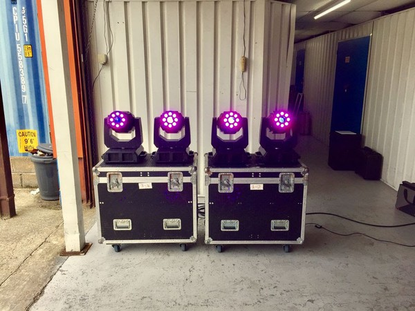 Lights and flight case for sale