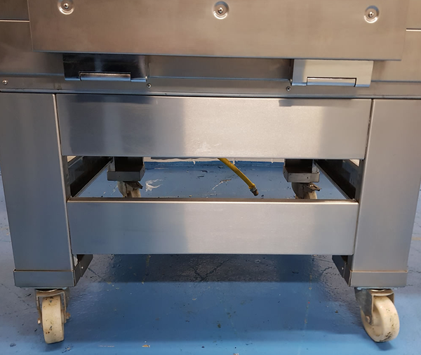 Secondhand gas oven for sale