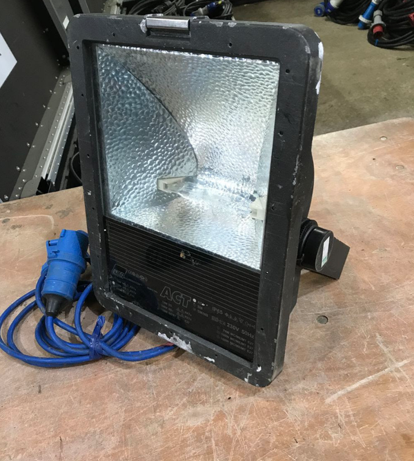 Used flood lights