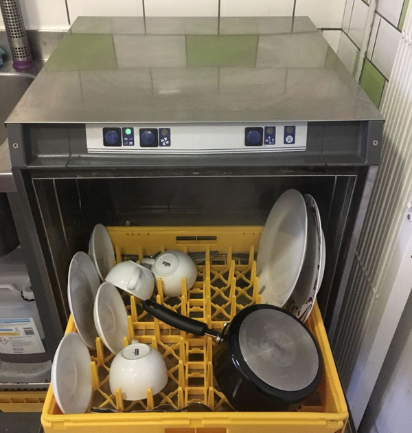 Secondhand dishwasher for sale