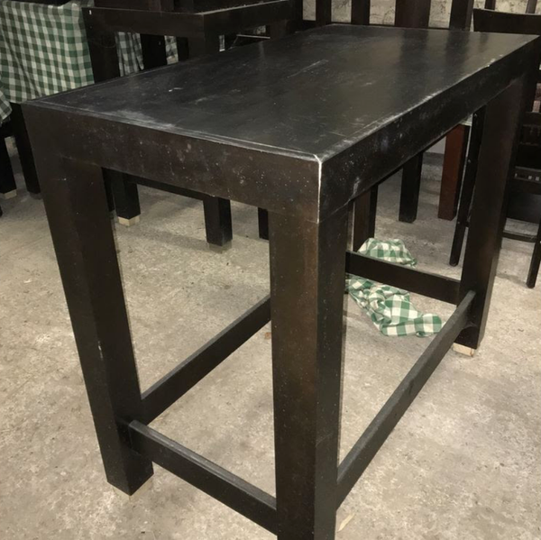 Secondhand restaurant tables for sale