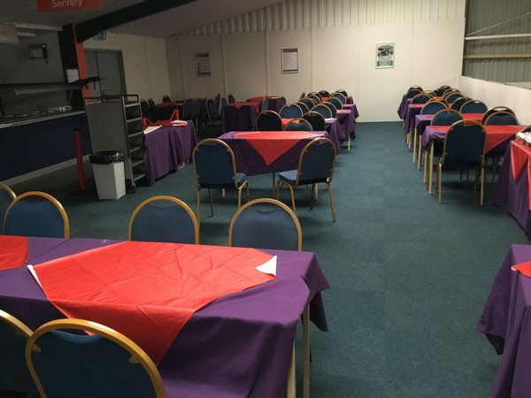 Banqueting sets for sale