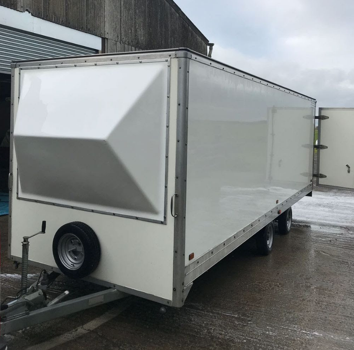 Secondhand Trailers Box Trailers 20ft Twin Axel Box