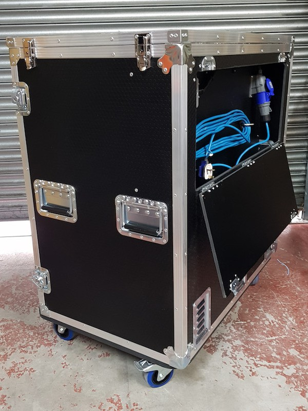 Double Door Bottle Fridge Flight Case