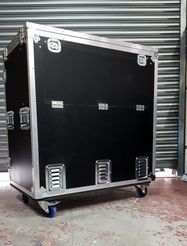 Double Door Mobile Fridge Flight Case