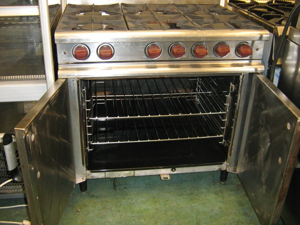 Secondhand range cooker
