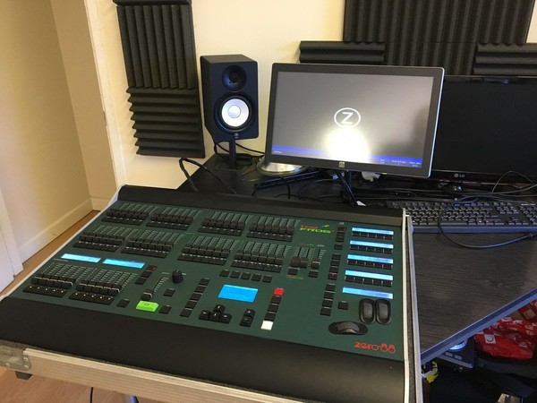 Lighting desk for sale