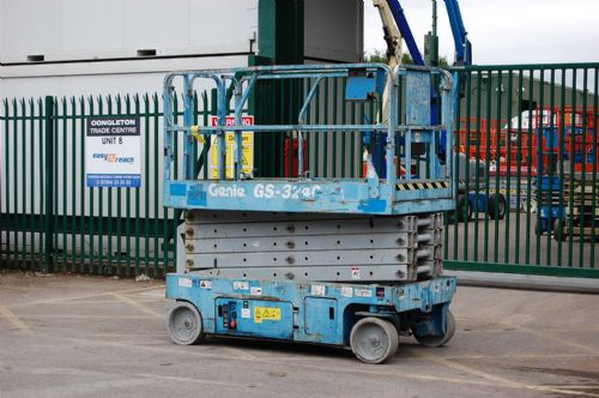 Genie lifting platform for sale