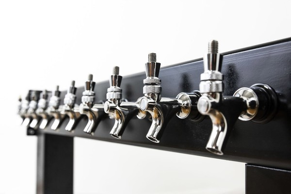 Draft Beer Tower I--I 10 Faucet