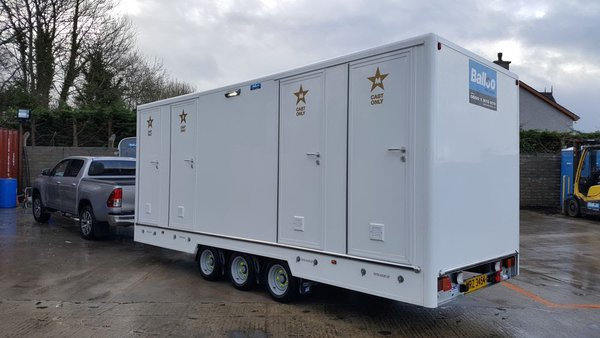 4 bay toilet trailer for sale