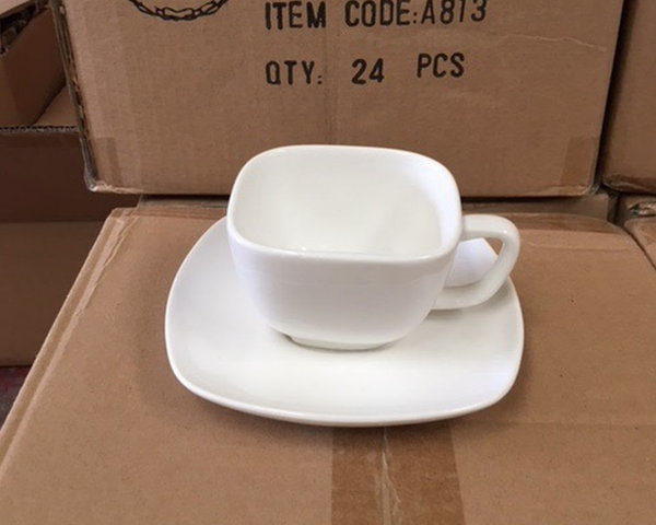 Crockery for sale