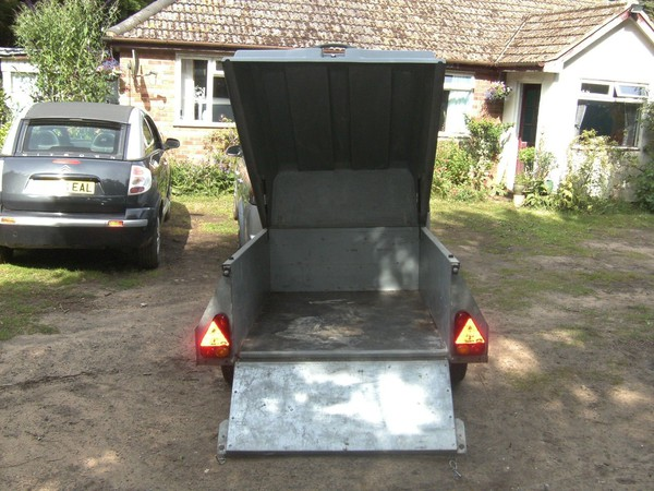 Used ifor williams trailer