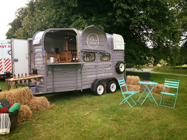Secondhand bar trailer