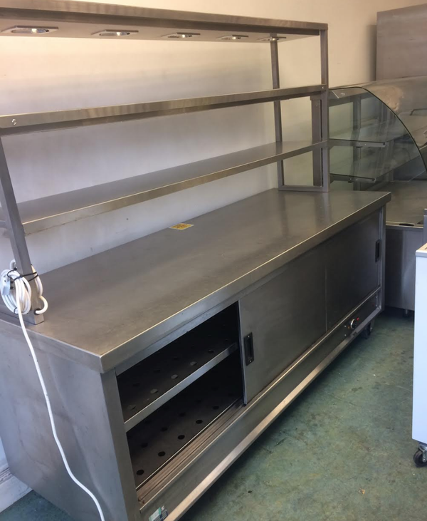 Hot cupboard heated gantry unit