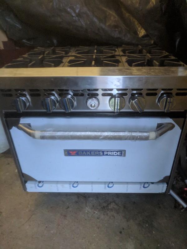 Baker's Pride 6 Burner Natural Gas Oven Range