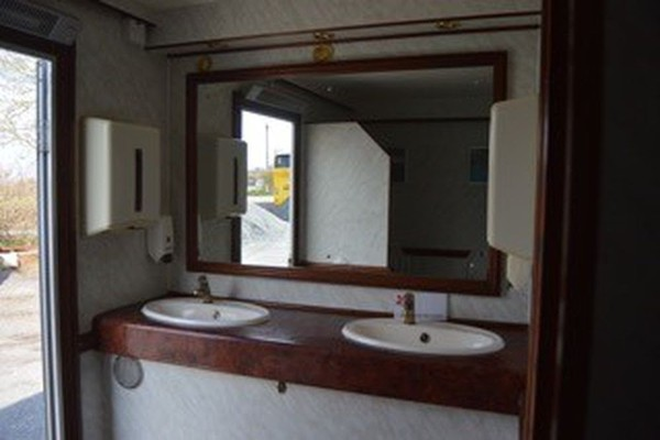 3 + 1 Luxury toilet trailer