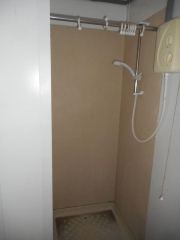Secondhand anti vandal shower block