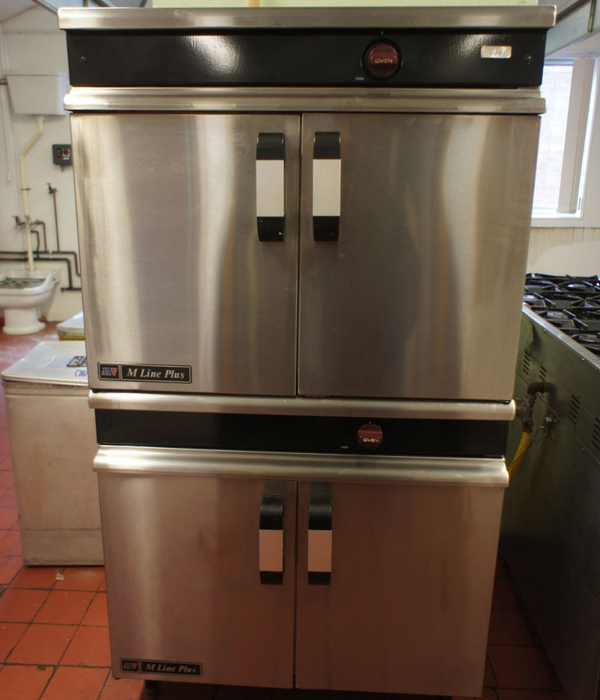 Double tier oven