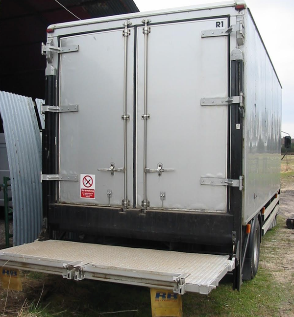 Used lorry for sale