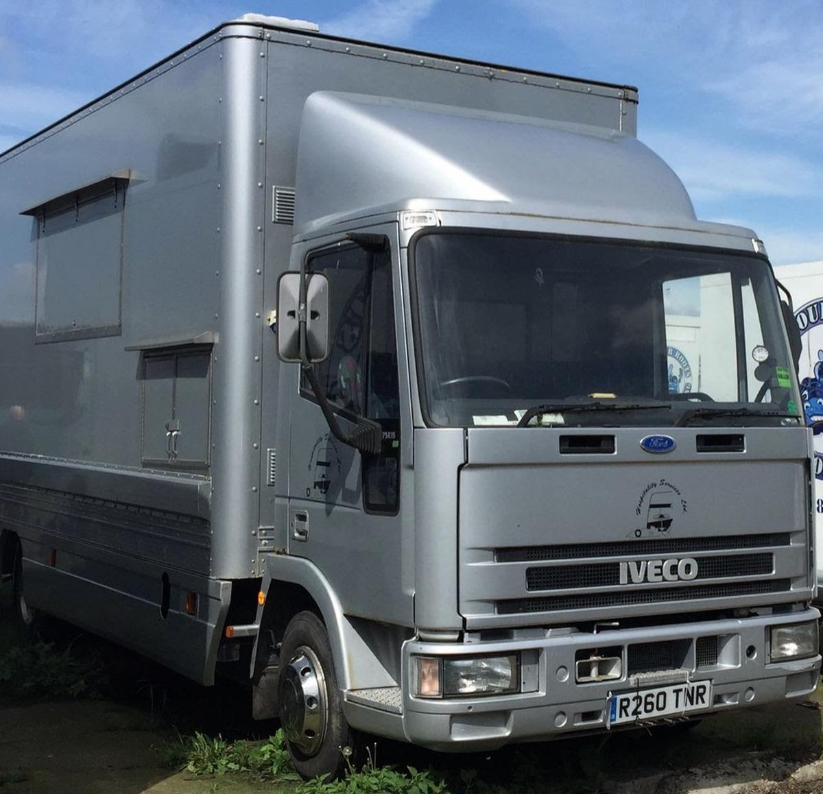 Farnham Van Sales Used Cars In Surrey: Secondhand Lorries And Vans